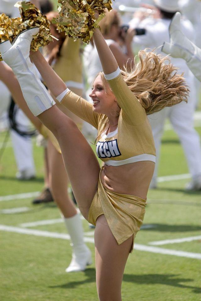 Cheerleader pussy oops